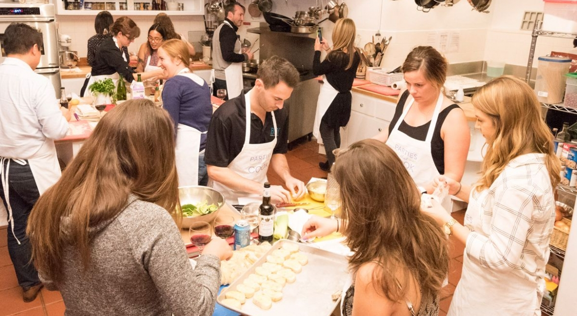 Parties That Cook Kitchen