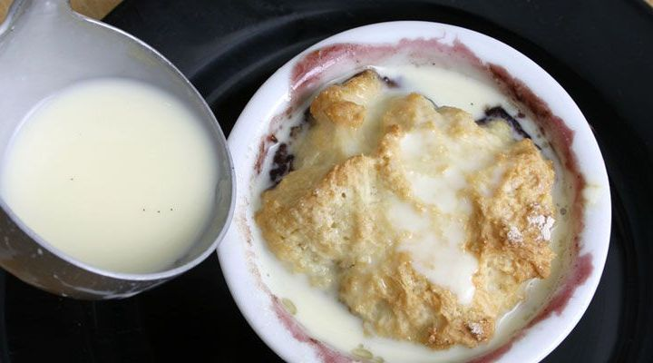Blueberry Gratin with White Chocolate Chunks Recipe