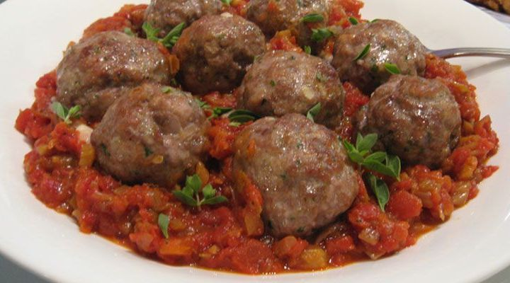 Polpettini: Little Meatballs Braised in Tomatoes, Garlic and White Wine Recipe