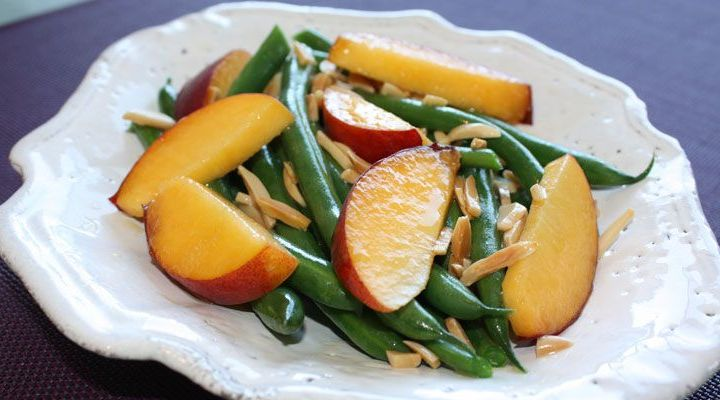 Sautéed Green Beans with Fresh Apricots and Toasted Almonds Recipe